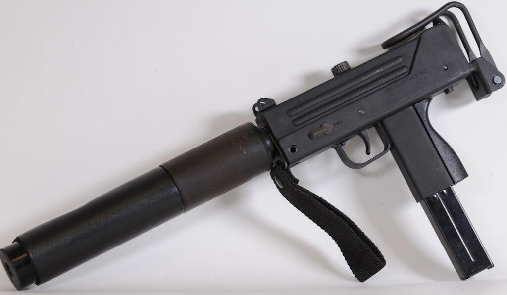 Mac-10 9mm w/ can