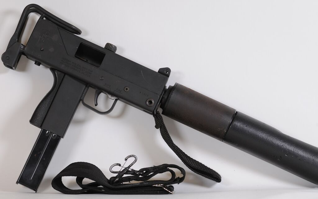 Mac-10 9mm w/ can